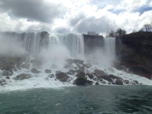 遊覧船から見えるナイアガラの滝2